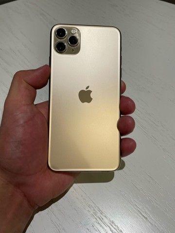 iPhone 11 Pro Max 64gb Dourado - Foto 2
