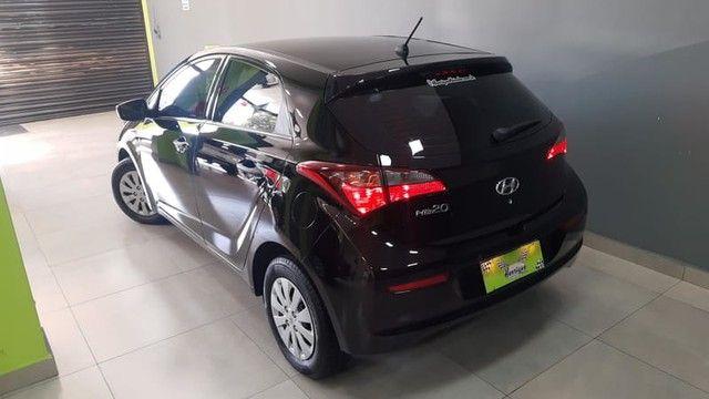 Hyundai HB20 1.0MT UNIQUE - Foto 2