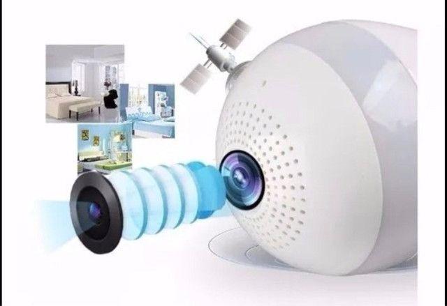 Novidade Lâmpada Led com Câmera WiFi Panorâmica 360º Nova na Caixa - Foto 2