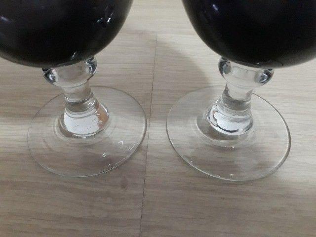 Dois copos de vidro lilás - Foto 4