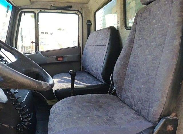 710 Mercedes 2010 - Foto 4