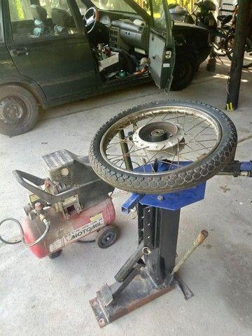 Maquina manual desmontar pneu - Foto 4