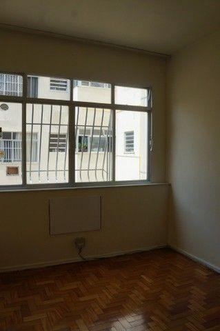 Apartamento Rua Miguel de Frias ao lado Colégio São Vicente - Foto 9
