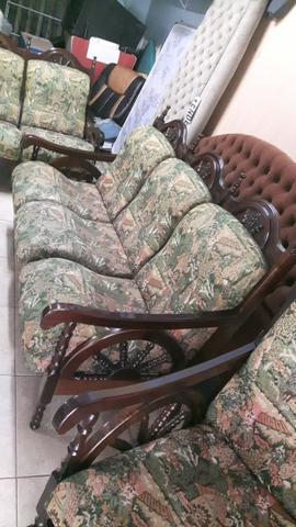 Vendo 1 Sofa Antigo 3x2