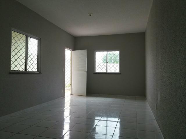 Alugo casa em Horizonte