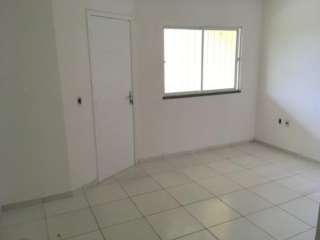 Casa para venda possui 130 metros quadrados e 3 quartos em Lagoa Redonda - Fortaleza - CE - Foto 7