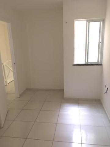 Casa para venda possui 130 metros quadrados e 3 quartos em Lagoa Redonda - Fortaleza - CE - Foto 8