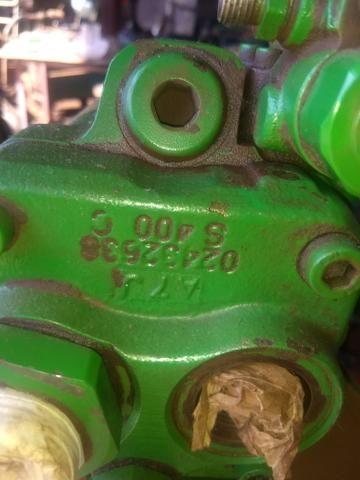 Bomba hidráulica do trator John Deere - Foto 2