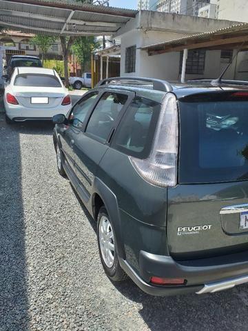 Peugeot 207 SW Escapade - 1.6 - 16 V - Flex - 2010 - Foto 17