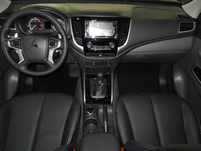 Mitsubishi L200 Triton Sport HPE-S Couro Xenon Conheça o Mit Facil e Desafio Casca Grossa - Foto 9