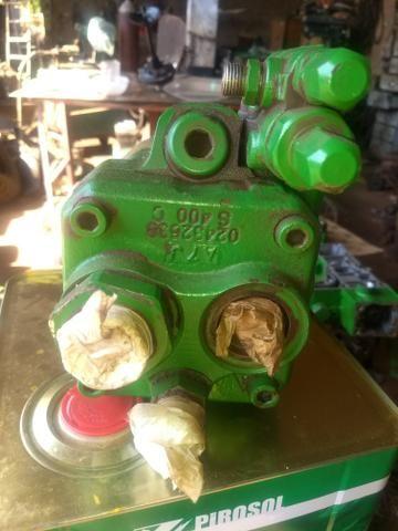 Bomba hidráulica do trator John Deere - Foto 3