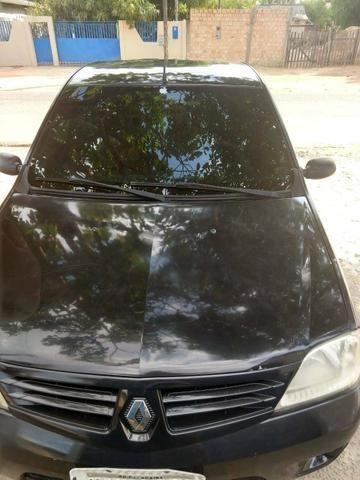 Vendo um Renault Logan 1.6 , 4 portas ano 2007. Completo. Documento em dias valor R$9.000 - Foto 5