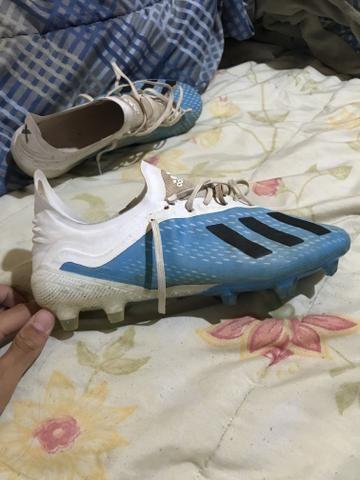 Chuteira Adidas 1 linha