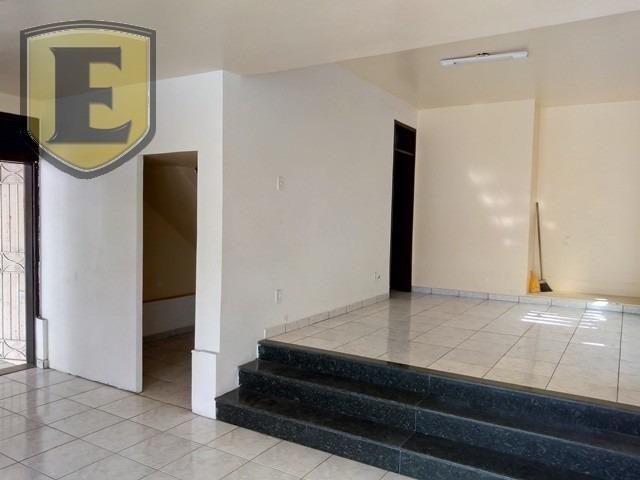 (3627) No São Francisco, comercial ou residencial, fácil acesso!