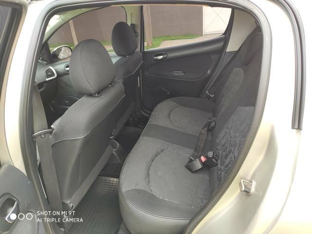 Peugeot 207 xr 2011 1.4 - Foto 3