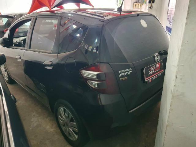 Honda Fit 2012 1 mil de entrada Aércio Veículos ddd - Foto 2