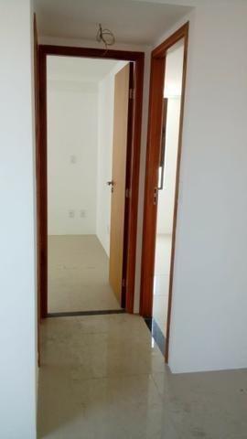 (EJ. Excelente apartamento em Porcelanato - Candeias - 2 Quartos (Suíte) - Foto 17