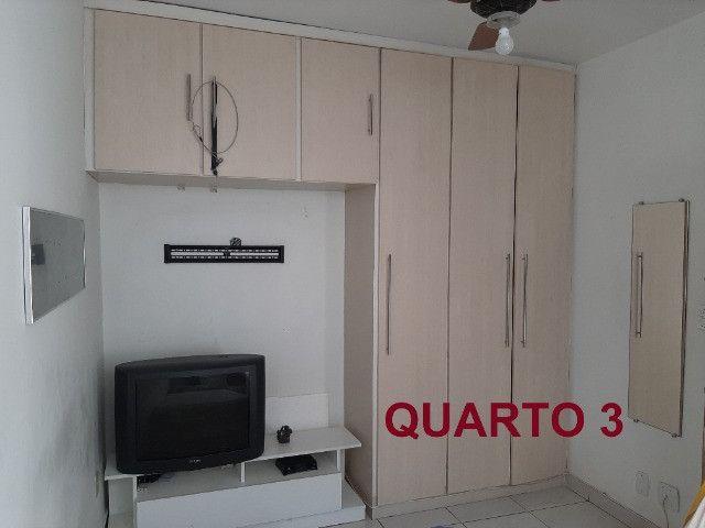 Alugo Casa Triplex 4 quartos em rua familiar no Rio Comprido - Foto 9