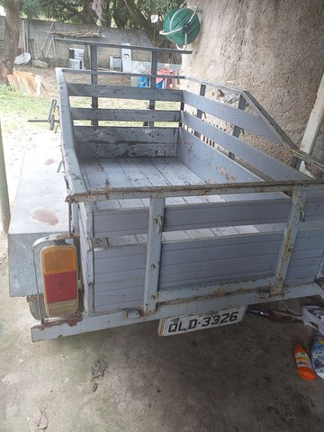 Vendo carrocia com 2 eixo toda documentada  - Foto 4