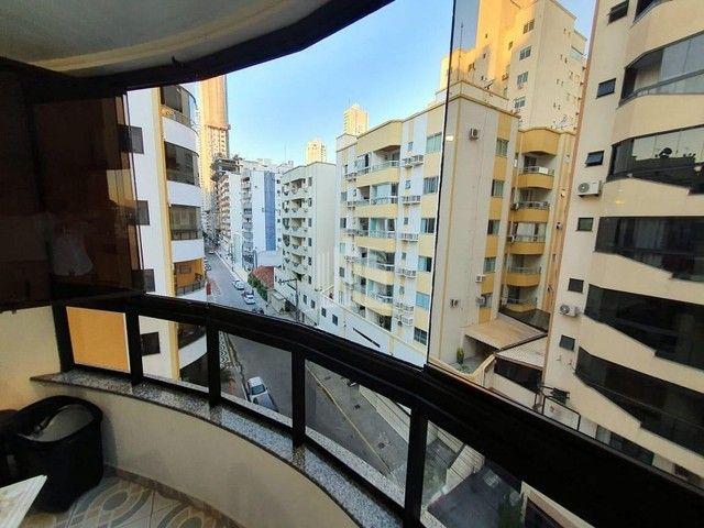 Apartamento a venda com Ampla Sacada com Churrasqueira - Foto 20