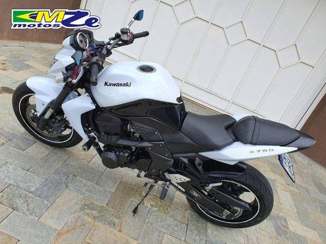 Kawasaki Z 750 2010 Branca com 64.000 km - Foto 6