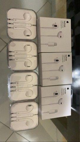 Fones de ouvido Apple original. Lightning e Plug P2 - Foto 2