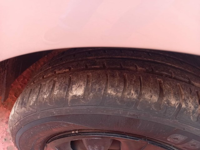 Renault Sandero 12/12 - Foto 2