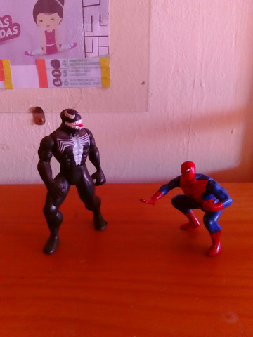 Homem Aranha e Venom - Foto 3