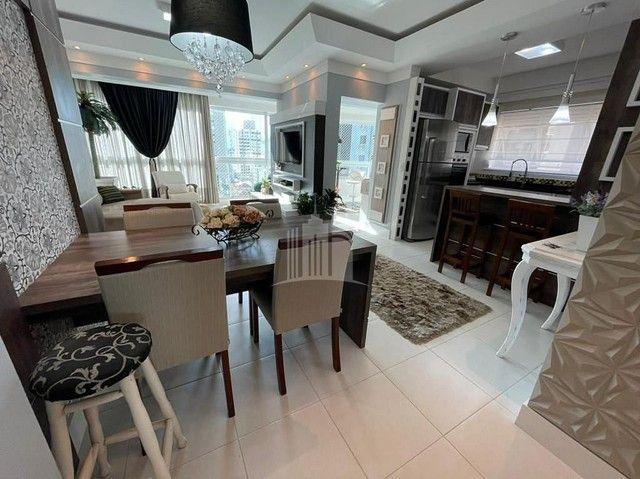 Apartamento Decorado com 03 Dormitórios a 250 metros do Mar - Foto 5