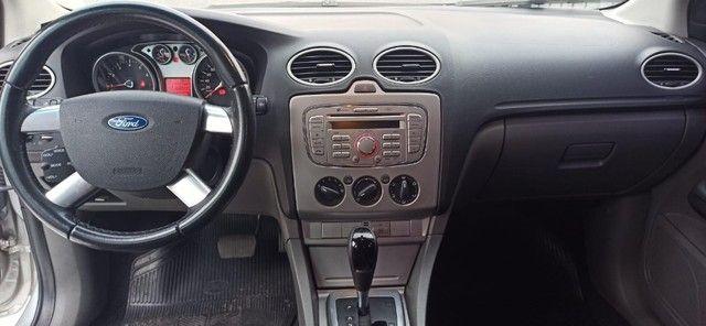 Ford Focus Sedan - Foto 13