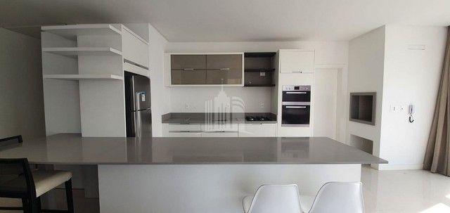 Apartamento Novo Mobiliado com amplo Living - Foto 5
