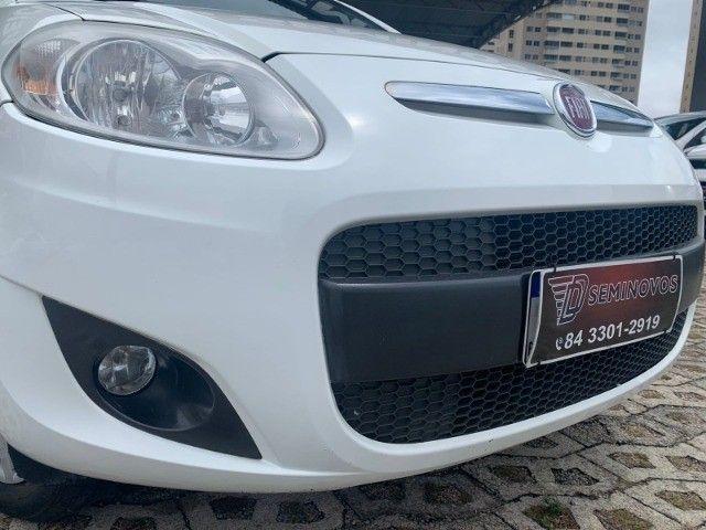Fiat Palio Essence 1.6 2013 - Foto 2