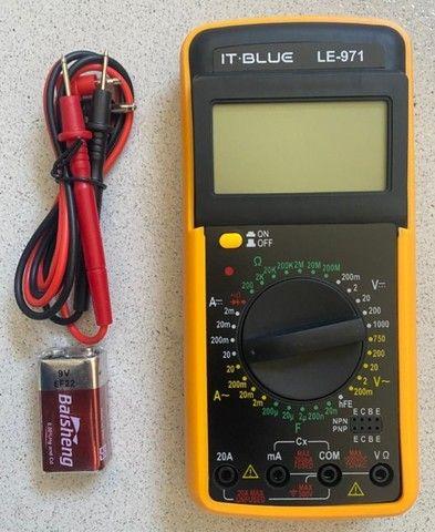 Multimetro Digital Aviso Sonoro Leitor Lcd + Capa It Blue LE-971  - Foto 4