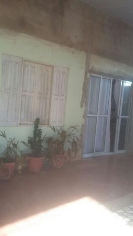 Casa no Congos com 1 suite e 2 quartos e garagem para 2 carros