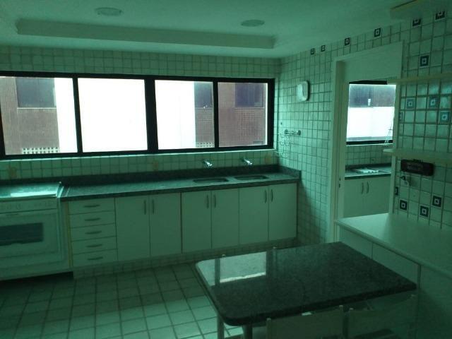 Apartamento com 4 suitese 3 vagas na avenida boa viagem!! - Foto 17