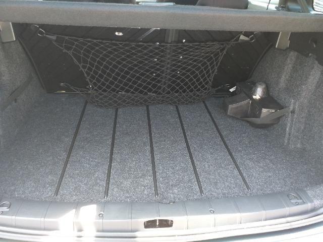 Peugeot 207 SW Escapade - 1.6 - 16 V - Flex - 2010 - Foto 5