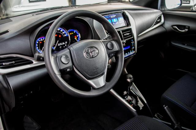 TOYOTA YARIS HATCH XL PLUS AT 19/20 - Foto 7