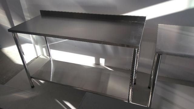 Mesa E Bancada Industrial 100% Inox 1,40x0,60 - Foto 2