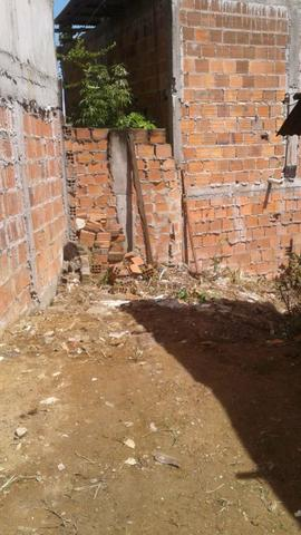 Vendo casa com terreno - Foto 4