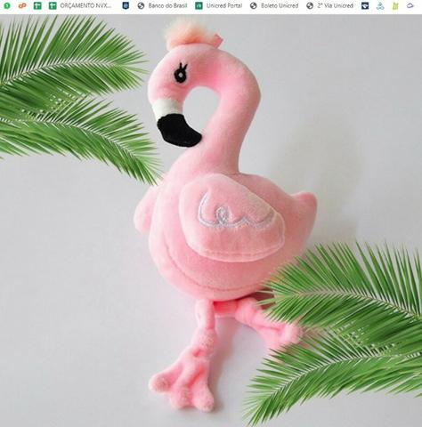 Chaveiro Flamingo Miniatura Pelúcia Pássaro Meninas Jardim - Foto 4