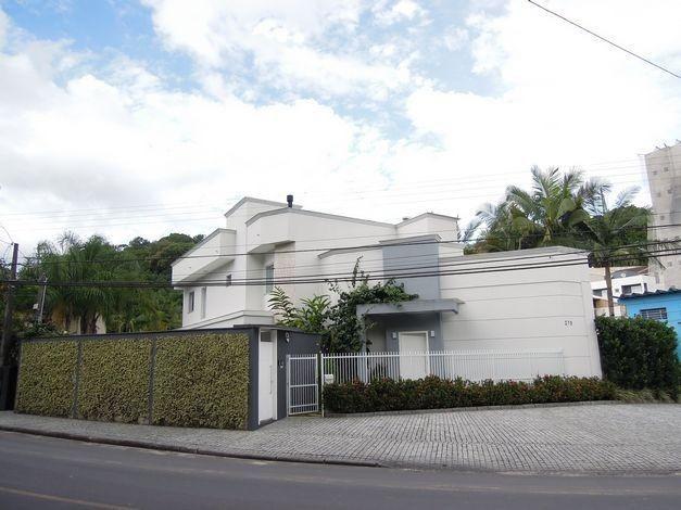 Casa à venda com 2 dormitórios em Glória, Joinville cod:15726N/1