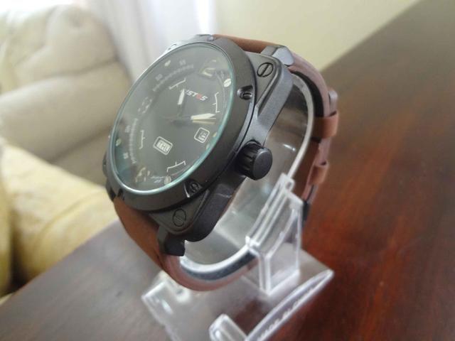 4e982aee2bf Relógio Masculino Militar Luxuoso Quadrado Ristos à Prova D água 100% Novo  e Original