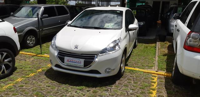 Peugeot 208 Active Pack 2014 1.5 Único Dono