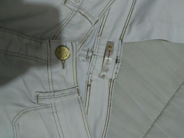 Calça jeans branca tam: 38 Cós alto, R$20 - Foto 5
