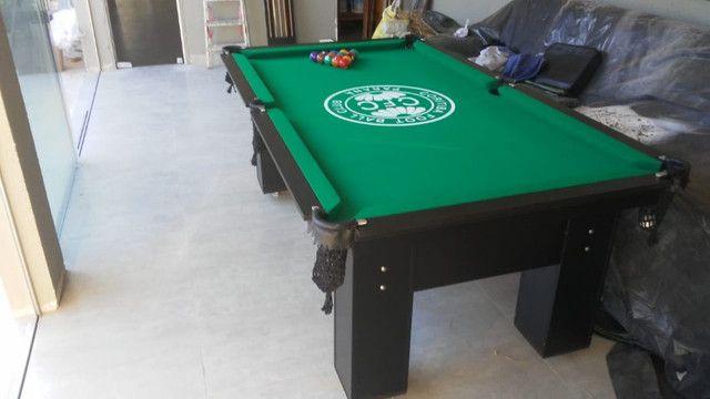 Mesa Charme 2,20 x 1,20 Cor Preta Tecido Verde Logo Coritiba Mod. AKTC3949