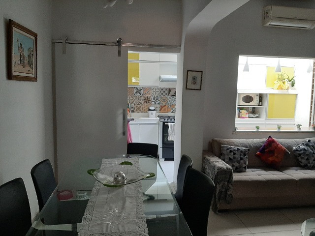 Alugo Casa Triplex 4 quartos em rua familiar no Rio Comprido - Foto 2