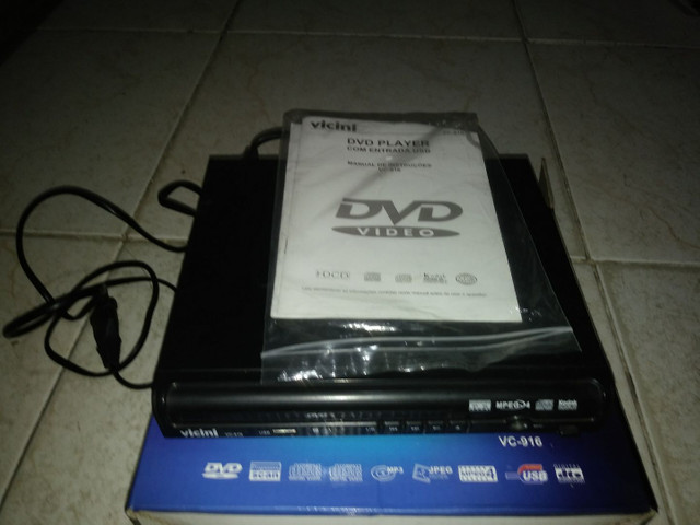 DVD player c entrada usb na caixa - Foto 3