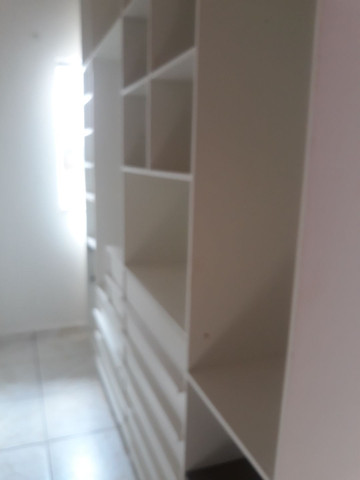 Guarda roupa, tipo closet,   com 2,80 de altura,  2,60 de comp. 50 cm de larg.  - Foto 4