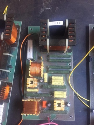 Dóis divisores de frequência monitor Staner Stage 212T, crossover passivo - Foto 5
