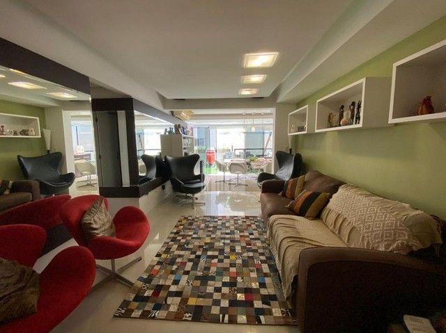 Excelente Apartamento Diferenciado no Centro - Foto 2